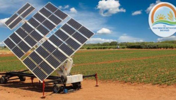 Tarım Bakanlığı Güneş Enerjisiyle Çalışan Sulama Makinesi Üretti