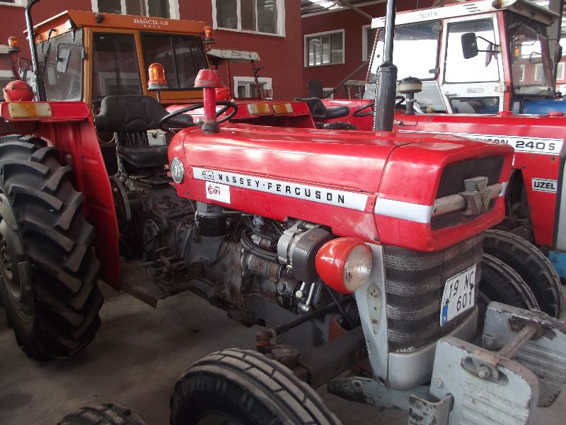 1976 MODEL 135 MF