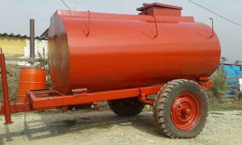 2tonluk su tankeri tekerlekli bu tanker ile bahçenizde meyvelerinizi kurutmadan rahatça sulayabilirsiniz sakarya geyve