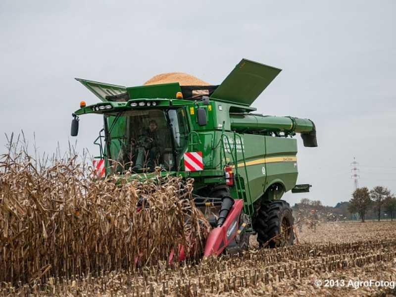 Harvester John Deere S670I