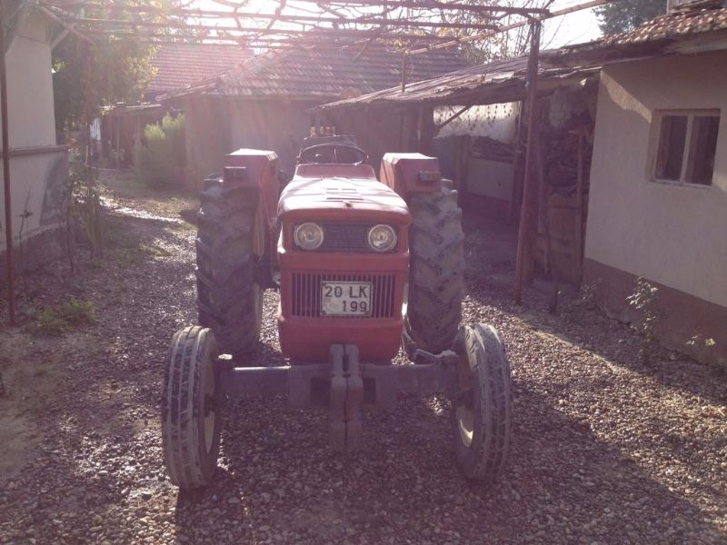 İlk sahibinden temiz kullanılmış 54C traktör.