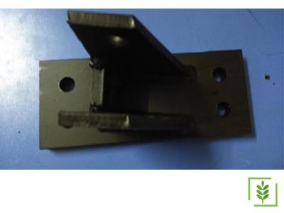 Massey Ferguson 286 Efs 6010 Gergi Mekanizma Bağlantı Pabucu (R-L)(M616) - (13966-65)