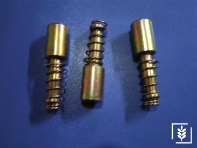 Massey Ferguson Tüm Modeller  Şaft Pimi Ara (Tek Sivri Pim)(F1380) - (F1380)