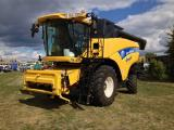 Harvester New Holland CX 8070