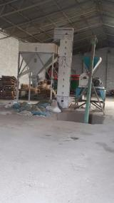 Yem sanayi malzemesi(kırma ezme) komple yem hazırlama ve paketleme tesisi
